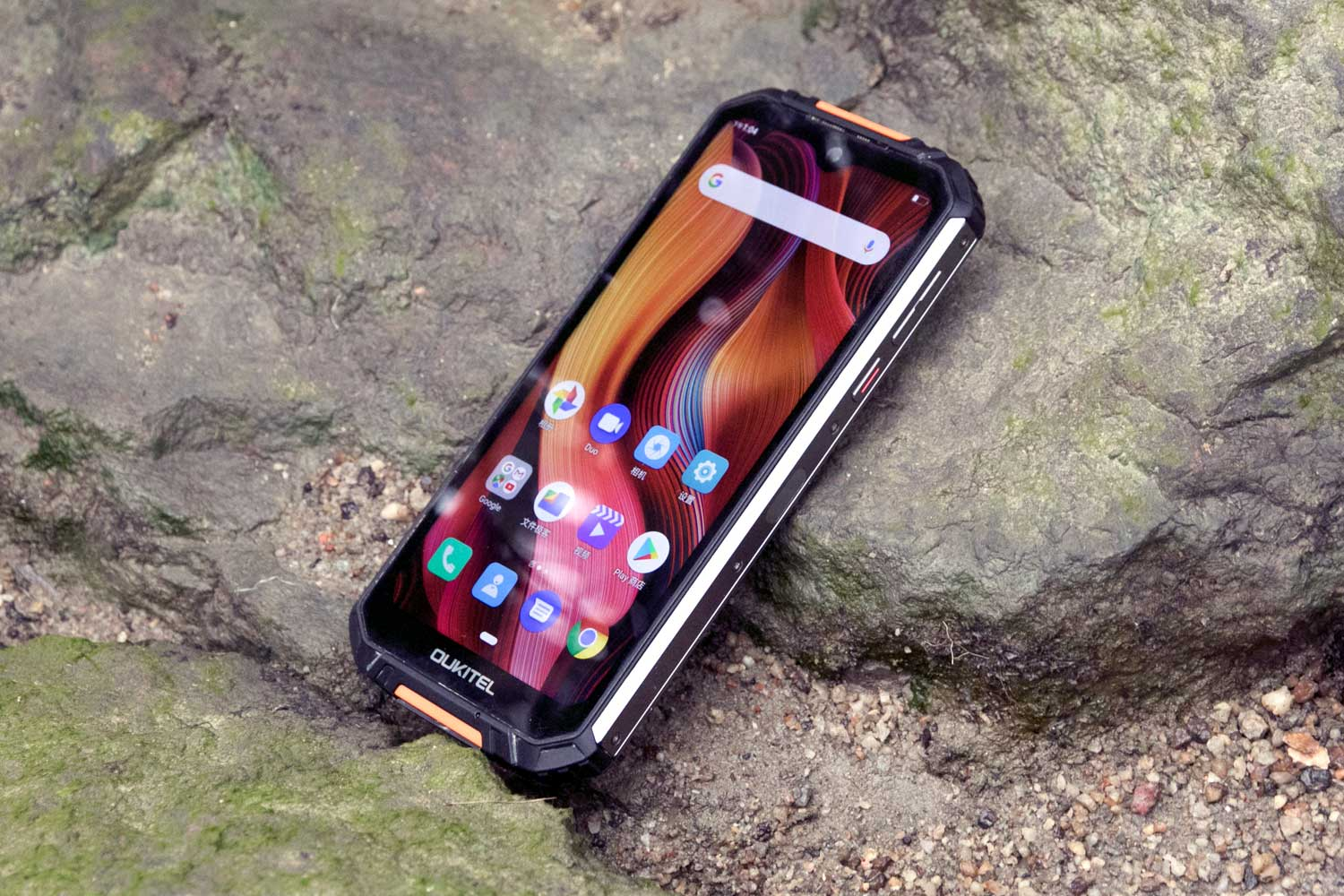 #OukitelWP6 combined with Corning glass and TPI into a ideal device going through all tough challenges.🤩