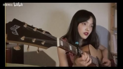 <Stay Gold>from 宇多田ヒカル, cover by @habicui ,using BSK-60,and a cool capo from @guittochina